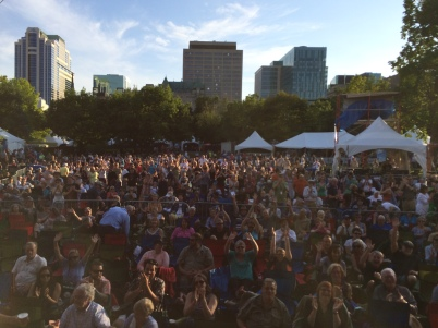 Crowd in Ottawa Jazz